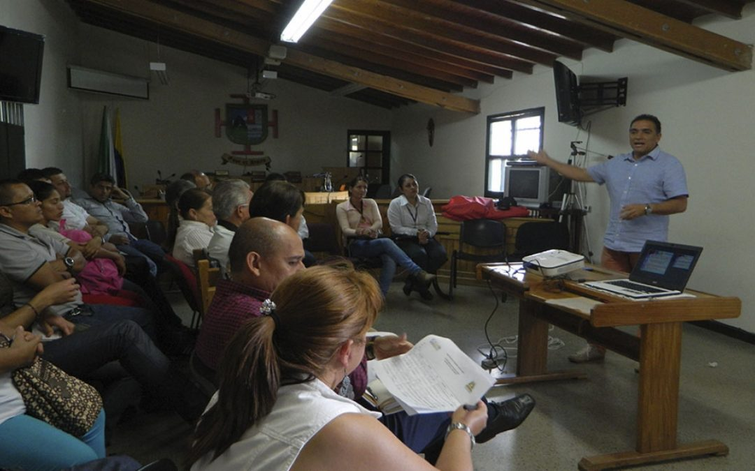 Mesa de Economía Solidaria de El Peñol presenta propuestas al alcalde del Municipio